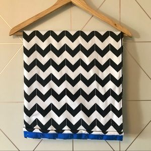 Lululemon Arrow Chevron Vinyasa Scarf